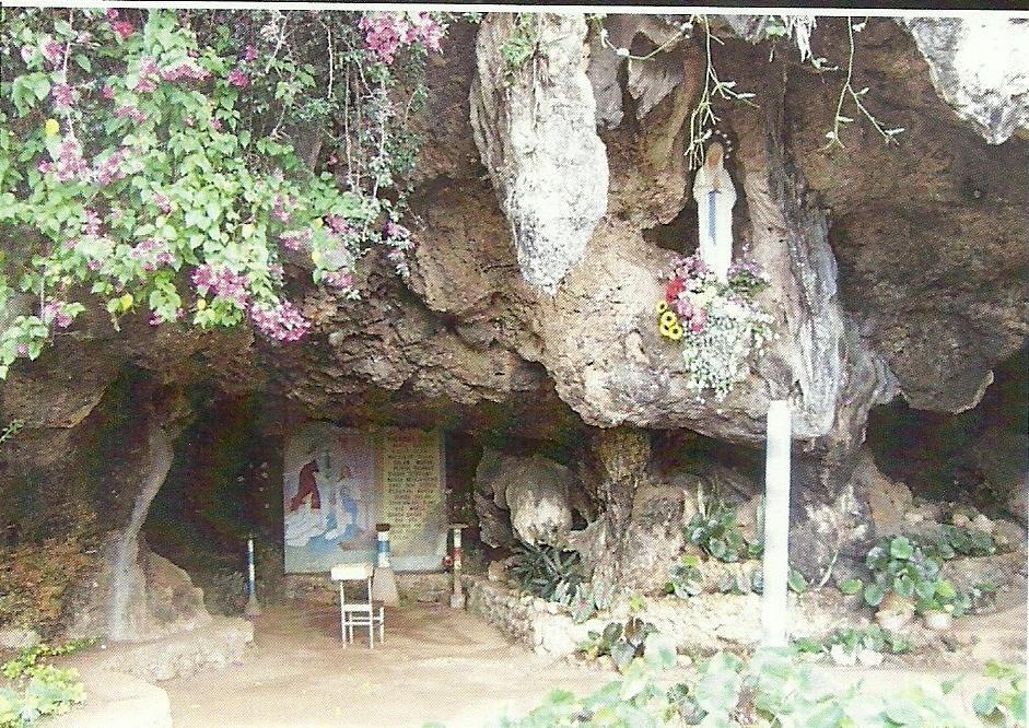 ITM-Br. Jose Kusy Grotto Mary Fatumaca.jpg
