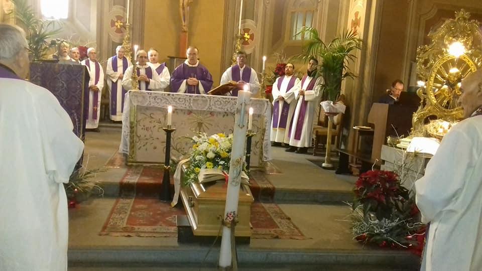 Zago-Funeral Mass 1.jpg